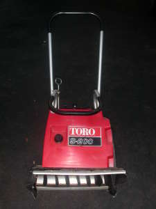 Toro S-200 Snow Blower gas/oil ratio? - AbbysGuide.com - Buying Guides